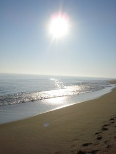 Never seen the ocean, or the beach.. one day i will.. :)
