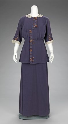 Date: 1912–15  Culture: French  Medium: cotton  Dimensions: Length at CB (a): 27 in. (68.6 cm) Length at CB (b): 40 3/4 in. (103.5 cm)