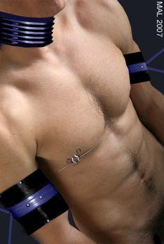 Piercings For Men, Men's Piercings, Pvc Corset, Male Torso, Male Eyes, Shirtless Men, Male Body, Latex, Eye Candy
