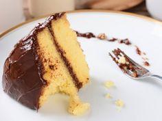 Moist Buttermilk Yellow Cake Recipe cake recipe The Secret to Baking Super Moist Cake, Every Time Yellow Cake Recipe Buttermilk, Gluten Free Yellow Cake Recipe, Buttermilk Recipes, Moist Yellow Cakes, Yellow Cake Mixes, Moist Cakes, Homemade Cake Recipes, Cake Mix Recipes, Gf Recipes