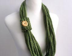 Green color hand crochet chain Infinity scarf gift by BienBijou