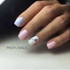 "If you're unfamiliar with nail trends and you hear the words ""coffin nails,"" what comes to mind? It's not nails with coffins drawn on them. It's long nails with a square tip, and the look has. Cute Nails, Pretty Nails, My Nails, Gold Nail Art, Gold Nails, Glitter Nails, Square Nail Designs, Nail Art Designs, Nails Design"