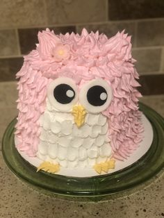 Sweet owl smash cake Owl Smash Cakes, Cake Smash, Carrot Cake, Sassy, Celebrations, Sweet, Desserts, Candy, Tailgate Desserts