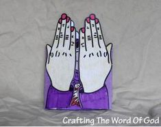 Hannah's Prayer - Praying Hands craft. Opens to show Hannah holding baby Samuel