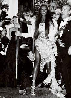 Naomi photographed by Mario Testino, Vogue UK December 2002