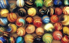 Ribbon Lutz - Banded Lutz - all Lutz marbles have the gold metallic bands ~ German ~