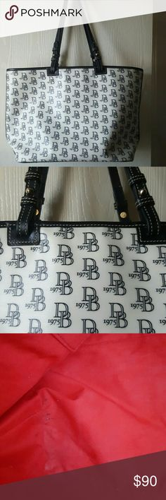 Dooney & Bourke Logo Leisure Large Tote Closet Clean Out: Authentic DB tote, coated cotton, good condition.   Some minor pen marks in interior otherwise clean.  Has silver tone hardware,  has top zipper closure and feet.  Classic tote.  Priced to sell.  No trades. Dooney & Bourke Bags Totes