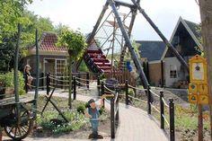 Nieuwe attractie d Avontuur steekt van wal in Sprookjeswonderland.