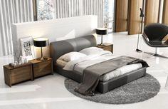 Łóżko może stać się prawdziwą ozdobą sypialni. Wystarczy postawić na modny i cekawy w formie zagłówek.