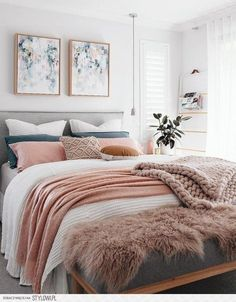 Best Small Bedroom Design Ideas & Decoration for 2018 Cool 55 Small Master Bedroom Ideas Small Master Bedroom, Master Bedroom Design, Home Bedroom, Bedroom Designs, Girls Bedroom, Bedroom Wall, Cozy Master Bedroom Ideas, Master Bedroom Minimalist, Master Master