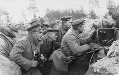 Hommes de la M.G.K. du Bay.J.R.5 ou Bay.R.J.R.5 en position dans une tranchée avec leur MG08.