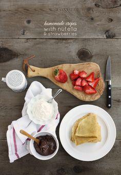 strawberry-nutella-crepes