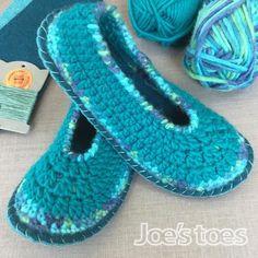 Joe's Toes Sarah Crochet Slipper kit - adult sizes 1-12 - Turquoise Mix