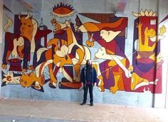 Dan Leo with his homage to Picasso's Guernica, 5/15 (LP)