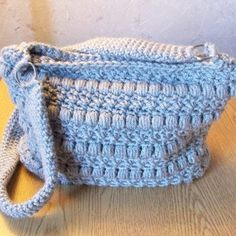 Puffy Seed Stitch Purse ~ FREE Crochet Pattern