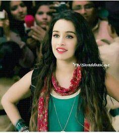 Bollywood Photos, Bollywood Stars, Bollywood Celebrities, Bollywood Actress, Cute Girl Pic, Stylish Girl Pic, Prettiest Actresses, Beautiful Actresses, Ek Villain