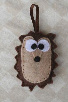DIY hedgehog craft!
