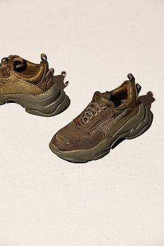 e9e52905fe8b69 15 best sneakers images on Pinterest