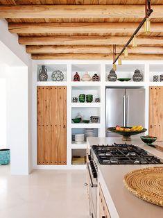 Mediterranean design: Ibiza style | #interior #design #home #decor #idea #inspiration #cozy #style #kitchen #country #wooden #white