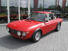 Lancia Fulvia HF rally (Fanalone)  Year: 1969 Documentation: Italian 92576km The car is in full original condition, runs fine. Coming from Italy Paint in top condition Color red Interior color: black leather  Price : 79000€   Please contact us for any information (Nederlands, English, ...