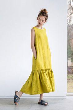 Soltar el volante maxi vestido de lino. Lavado por notPERFECTLINEN                                                                                                                                                     Más
