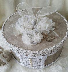 Grey hat box , shabby chic box , hat box , round storage box , shabby chic decor , home decor , wedding gift , shabby chic , gift for her