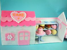 felt toy pattern, cake shop