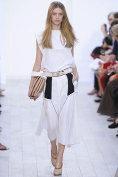 Chloé Spring 2012 Ready-to-Wear Fashion Show - Julia Frauche (Women)