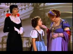 The Blue Bird 1940 A young girl has to overcome social prejudice when she falls for a wealthy young man. I luv this movie it is my favorite of her movies Kid Movies, Family Movies, Children Movies, She Movie, Movie Tv, Temple Movie, Shirly Temple, Kids Comedy, Movie Previews