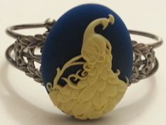 Peacock, peacock wedding,peacock cuff, boho, boho chic, gossip girl, peacock jewelry, blue, blue peacock, bird, bird cuff on Etsy, $18.00