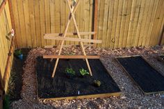 DIY Butternut squash trellis (to keep it from completely taking over your garden!)