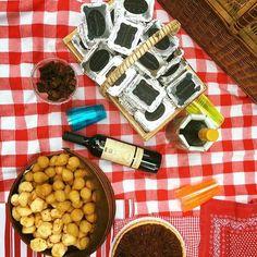 Do #picnicdopapo: muita sororidade abraços desabafos  comida e vinhos  @futilidades arrasando em terras paulistas! Venham mais vezes manas!