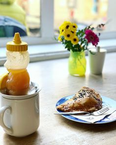 I Need Coffee, Prague. Savory Pastry, Need Coffee, Take Care Of Me, Prague, Lemon, Honey, Culture, Ethnic Recipes, Food
