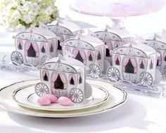 Enchanted Carriage Favor Boxes With Free Tags | Packaging Design
