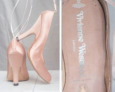 Vintage shoes by the well-known Vivienne Westwood. Made of good quality satin…