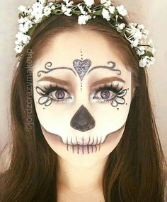 Pretty wedding skull