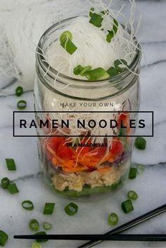 Ramen Noodles in a Mason Jar for easy on-the-go lunch at work you can meal prep the night before! — Darling be Daring Ramen Noodles in a Mason Jar for easy on-the-go lunch at work you can meal prep the night before! — Darling be Daring Mason Jar Lunch, Mason Jar Meals, Meals In A Jar, Mason Jar Diy, Mason Jar Food, Mason Jar Recipes, Mason Jar Drinks, Food Truck, Salad In A Jar
