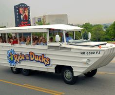 If you're looking for a great way to see all of Branson's Christmas lights and decorations while still enjoying one of the city's most fun attractions, try a Ride the Ducks sightseeing tour! The du...