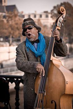 Street musician,Paris