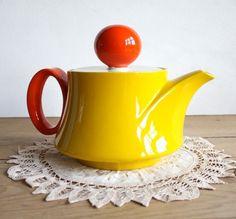 Mid Century Modern Mancioli Italian Pottery Teapot \/ Coffee Serving Carafe by CrankHeartPony