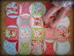 How to Make Personalized Cathedral Window Baby Playmat | www.FabArtDIY.com