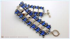 The Heart Beading: Herringbone bracelet with pyramid studs and superduo beads