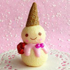 Smiling ice -  cream snowman