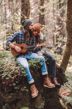 Here are the best Relationship Goals Pics. These Couple Goals will aspire every couples to be them and enjoy life! Relationship Goals Pictures, Cute Relationships, Couple Posing, Couple Shoot, Engagement Couple, Engagement Pictures, Engagement Session, Hippie Couple, Couple Goals Tumblr