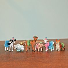 Anthro Inspired Party Animal Necklaces - My So Called Crafty Life Diy Party Animals, Animal Party, Plastic Animal Crafts, Plastic Animals, Kids Jewelry, Cute Jewelry, Jewelry Ideas, Festa Party, Gifts For My Sister