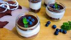 Tvarohové míša řezy ve skleničce, s kakaovým korpusem a polevou Tiramisu, Panna Cotta, Deserts, Food And Drink, Pudding, Sweets, Baking, Ethnic Recipes, Dulce De Leche