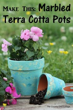 Make these marbled terra cotta pots for your home -- step by step instructions to make your own easily! #decoartprojects