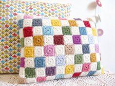 Luella multi colorato patchwork geometrici crochet cuscino