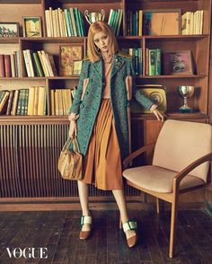 Seon Hwang, Jang Ki Yong by Ahn Joo Young for Vogue Korea Oct 2015 Fashion Shoot, Fashion 2020, Editorial Fashion, High Fashion, Fashion Beauty, Fashion Outfits, Fasion, Wes Anderson Style, Vogue Korea