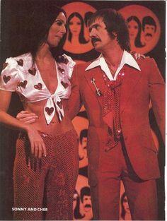 Sonny and Cher 70s Fashion, Vintage Fashion, Hippie Fashion, Disco Fashion, Vintage Style, Fashion Ideas, Cher Costume, Cher Bono, Hippie Costume